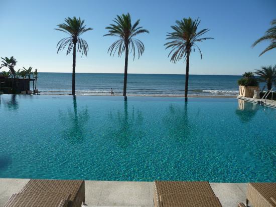 Beach club picture of hotel vincci seleccion estrella del mar elviria tripadvisor - Estrella del mar beach club ...
