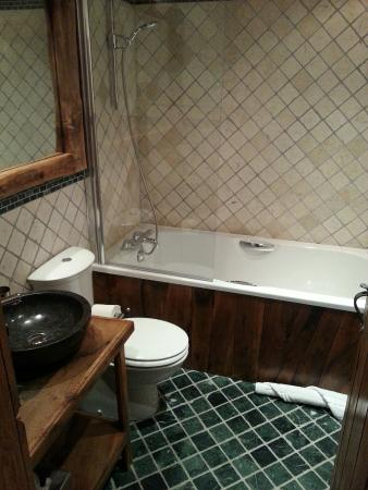 Le Chardon Mountain Lodges : Lovely bathroom