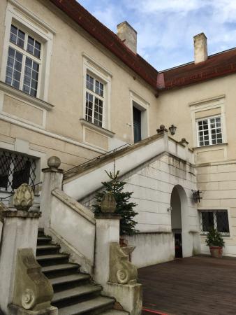 Schlosshotel Mailberg : Courtyard
