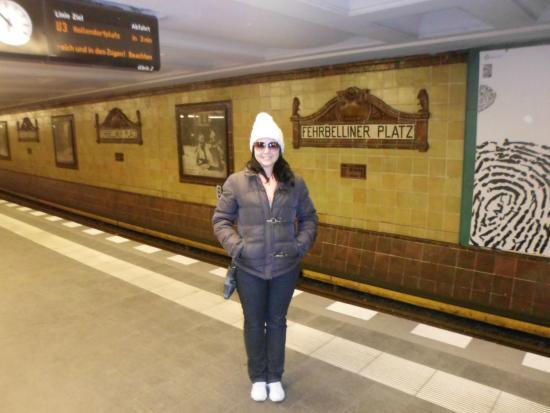 Ibis Berlin City West: Estação de Metrô mais próxima do Hotel - cerca de 300 metros