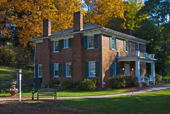 The Inn at Hans Meadow Bed and Breakfast: Welcome!