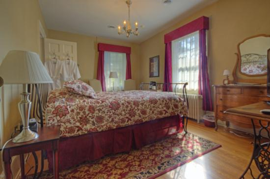 The Inn at Hans Meadow Bed and Breakfast: The Craig Room
