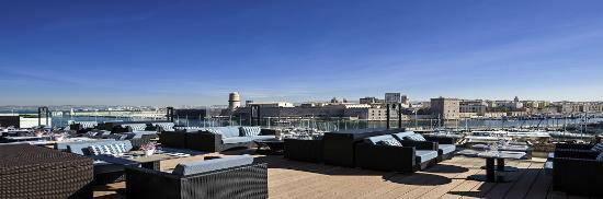 Sofitel Marseille Vieux-Port: Panoramique Bar Le Carré