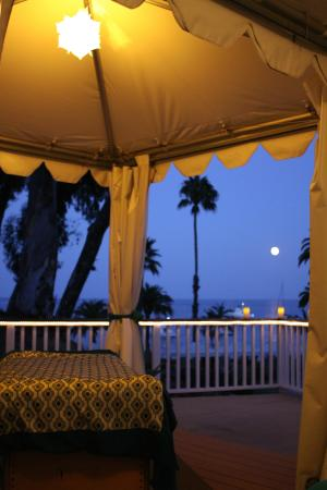 Massages By the Sea: moonlight massage