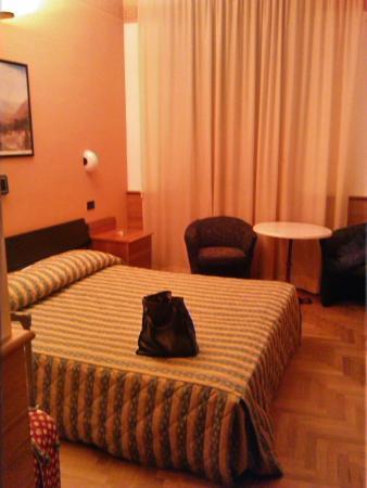 Valentino Hotel: camera