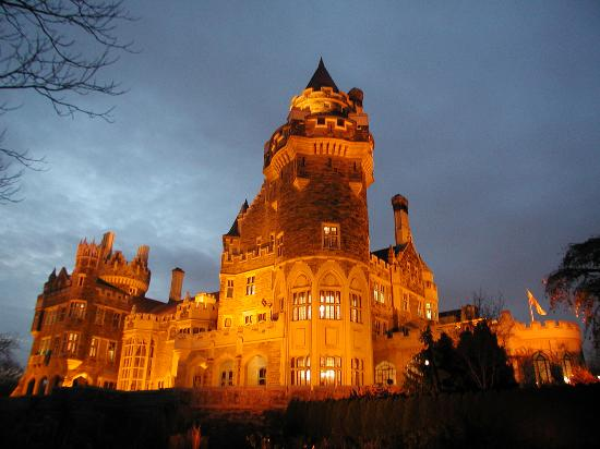Photo of Castle Casa Loma at 1 Austin Terrace, Toronto M5R 1X8, Canada