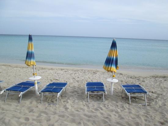 Hotel Villamare: a praia em frente ao hotel.