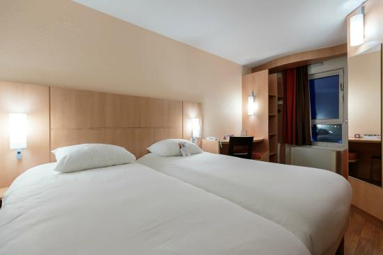 Ibis Clermont-Ferrand Sud Carrefour Herbet : Nos chambres 2 lits