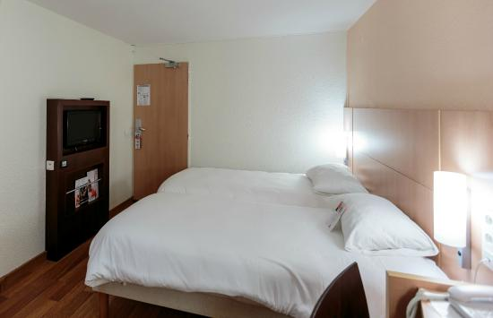 Ibis Clermont-Ferrand Sud Carrefour Herbet: Nos chambres 2 lits