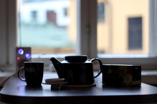 Hostel Diana Park: Tea at the window