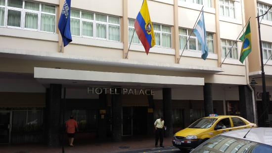 Foto De Hotel Palace Guayaquil, Guayaquil Fachada Do. Hotel And Suites Rincon Del Valle. Six Bells Inn. Two Macdonnell Road. Sporthotel Achental Hotel. Ferienwohnung And Studio Schaad. Governor's Chalets. Strandhill Lodge And Suites Hotel. Rendezvous Grand Hotel Melbourne
