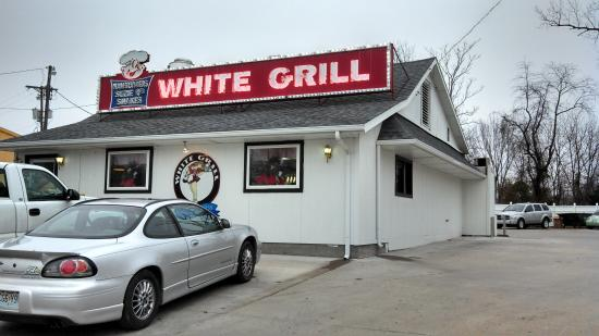 White Grill: Outside