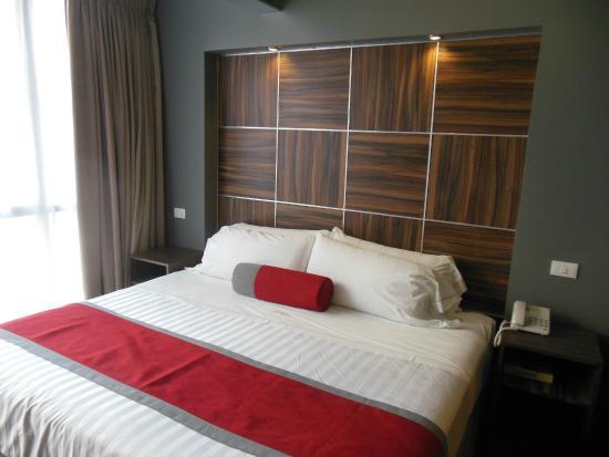 Hotel Block Suites
