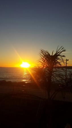Hotel Port Sitges: Puesta de sol  desde el salón