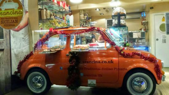 Arancina : the car in the front window