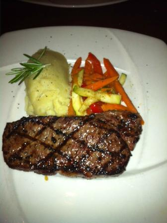 Wildfire Steakhouse North York : My favorite, NY Striploin, grilled to prefection