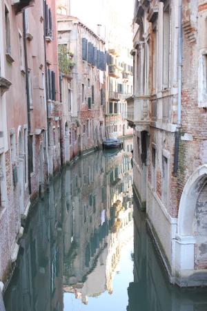 Venice Original Photo Walk and Tour : Reflections in Venice