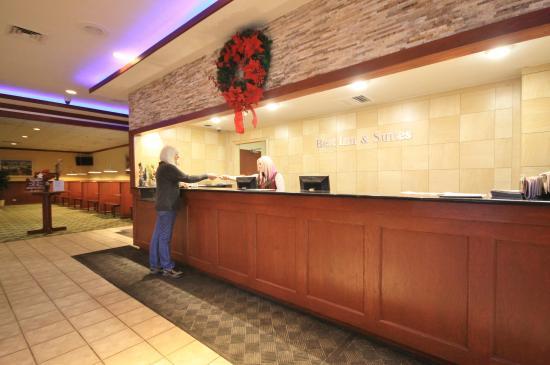 Cheap Smoking Hotels In Denver