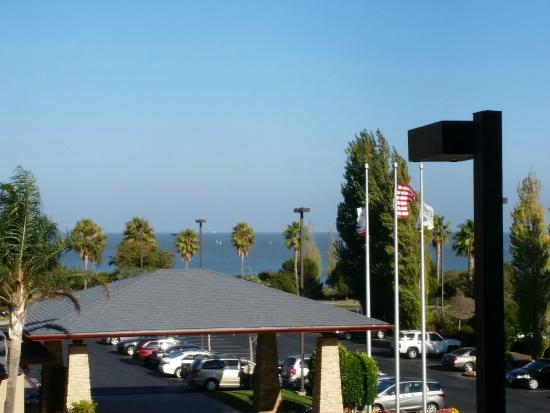 Homewood Suites by Hilton San Francisco Airport-North: Great views from Homewood, bay view room.