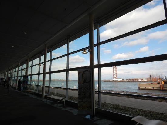 ‪Erie Bayfront Convention Center‬