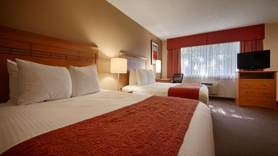 BEST WESTERN Aladdin Inn: We offer Kitchentte Suites with two queen beds!