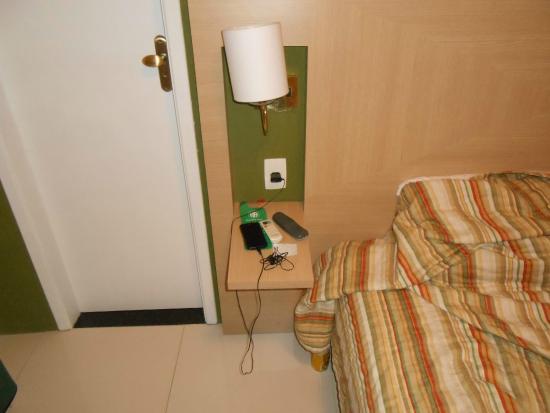 Argentina Hotel: foto da cabeceira do quarto