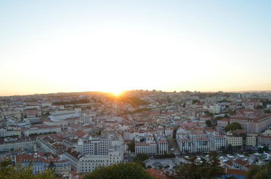 Castelo de S. Jorge: Por do sol do Castelo de São Jorge