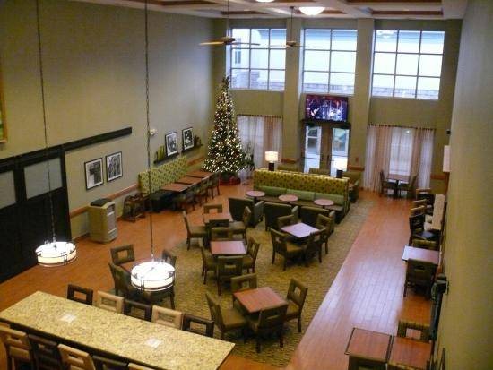 Hampton Inn and Suites Chicago / Aurora: Atrium at Christmastime 2014.