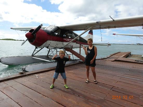 Island Seaplane Service: きれいな海♪島♪