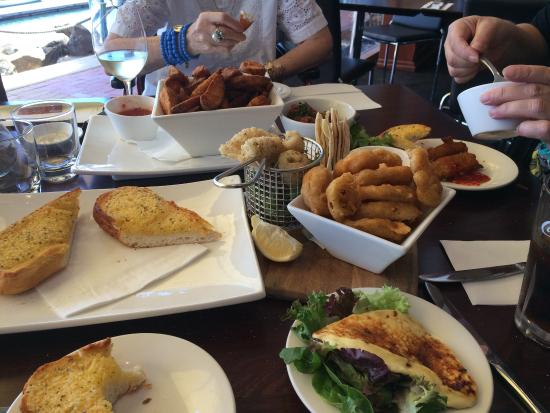 Sailmaster Tavern: Would we finish it all??