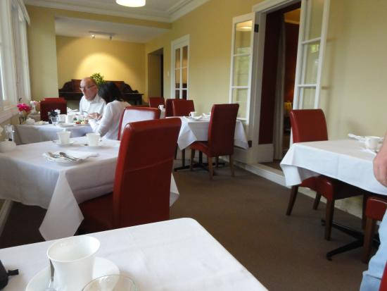Clydesdale Manor: The breakfast room