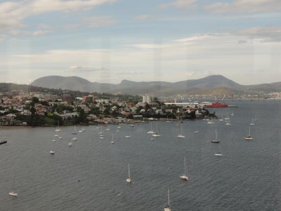 The Point Revolving Restaurant: Overlooking Hobart