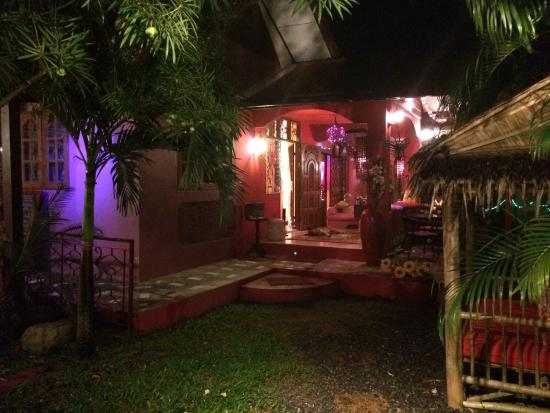 The Boudoir: restaurant compound