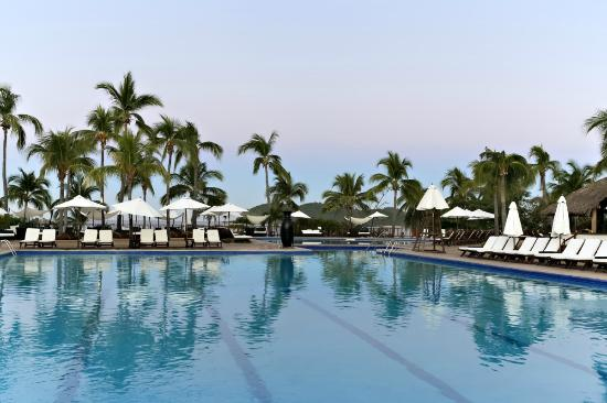 Club Med Ixtapa Pacific: Swimming pool