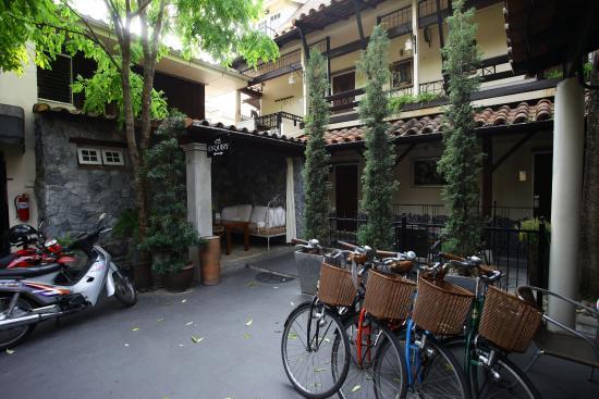 Charcoa Bed and Breakfast: Отель