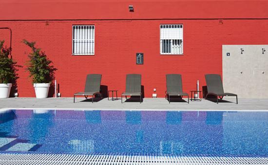 Catalonia Hispalis Hotel : Piscina