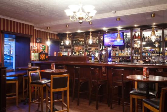 Oldham Pub & Steak House