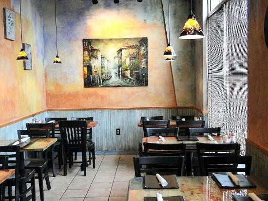 Babymoon Cafe: inside