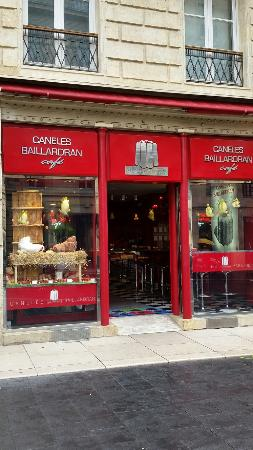 Caneles Baillardran Cafe