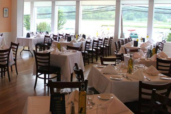 Harbor Mist Restaurant Cold Spring Harbor New York