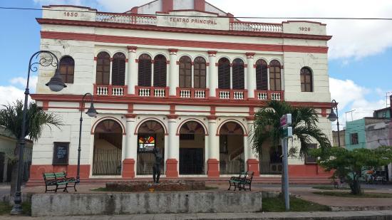 Teatro principal en la calle padre valencia en la zona for Teatro principal valencia