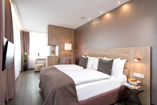 Booking Leonardo Royal Hotel Berlin