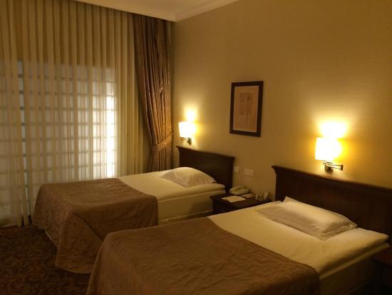TAV Airport Hotel: 4* Rooms at TAV hotel