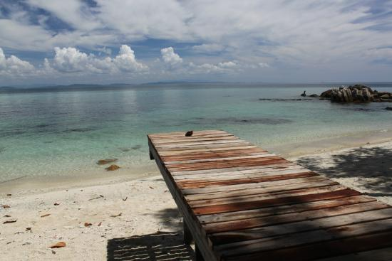 Koh Munnork Private Island Resort by Epikurean Lifestyle : View from one of the beach huts you can choose during your beach time...