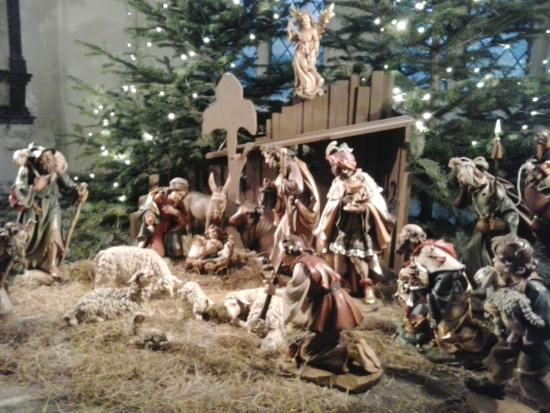Lübecker Weihnachtsmarkt: Krippe in der Marienkirche