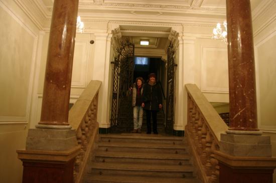 Residence Karolina - Prague City Apartments: escalera principal de los apartamentos