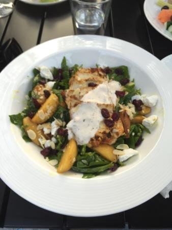 Spinach and grilled chicken salad. Exceptional!