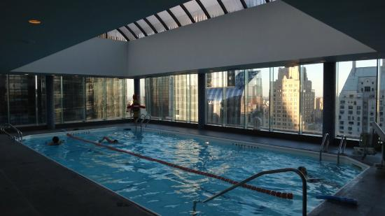 Piscine dernier tage foto di le parker meridien new for Piscine new york