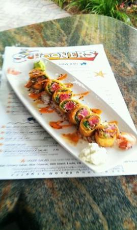 Schooners Restaurant: Wasabi Crusted Tuna Sashimi