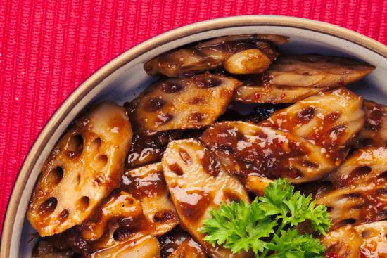 Flower Drum Restaurant: Exotic Lotus Roots with Cashew Nuts